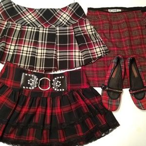 3 Skirts and 1 pair shoes